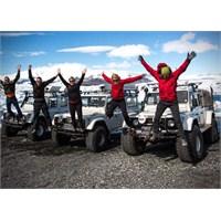 İsak 4×4 Land Rover Defender İzlanda Turları