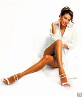 Her Kadın Güzel Bacaklar İster