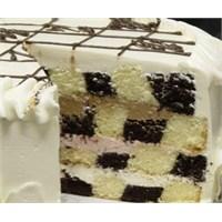 Damalı Yaş Pasta Tarifi