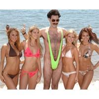 Borat Aşkına Mayokiniyle Koştu!