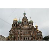 Yeniden Diriliş Kilisesi - Saint Petersburg