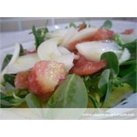 Yazın Vazgeçilmezi Semizotu Salatası