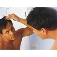 Saç Dökülmesi Ruh Sağlığını Bile Etkileyebilir