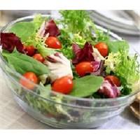 Akdeniz Salatası Tarifine Buyrun