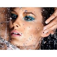 Su Geçirmez Makyaj Nasıl Yapılır