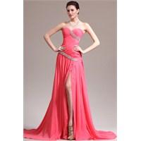 Yaz Modasında Uzun Abiye Elbiseler Favori