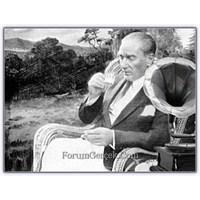 Atatürk Ve... Onu Ağlatan Arya | Tosca