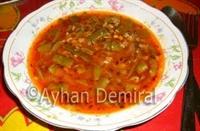Kekikli Pirinçli Taze Fasulye Çorbası
