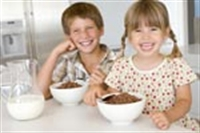 Çocuklar Kahvaltıda Neler Yemeli