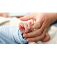 Bebeklerde Obeziteyi Engelleyen Mucize:anne Sütü