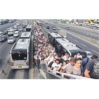 Toplu Taşımadaki İnsan Tipleri