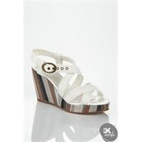 Günlük Giyimin En İdeal Bayan Ayakkabıları