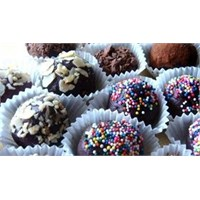 Çikolatalı Ve Renkli Trufle