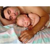 Bebeklik Döneminde İken Babalık Yapmak