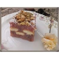 Meyveli Ve Meyve Sulu Kedi Dilli İrmik Pastası