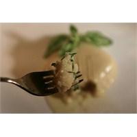 Yazı Hissettiren Yemek: Fesleğenli Fava