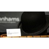 Şarlo'nun Şapka Ve Bastonuna Rekor Fiyat