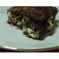 Bebe Bisküvili Kakaolu Pasta Tarifi