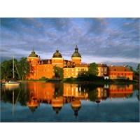 Kuzey Işıklarından Göl Evlerine İsveç
