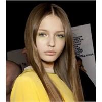 Düz Saçlara Yakışacak Saç Modelleri