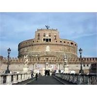 Roma'nın En Güzel Yerlerinden Castel Sant Angelo