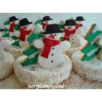 Şeker Hamurlu Yeni Yıl Kurabiyeleri