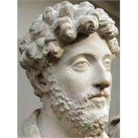 Yalancının Cezası, Karakter, Marcus Aurelius