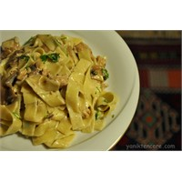 Spagetti Tetrazzini- Mantarlı Tavuklu Erişte