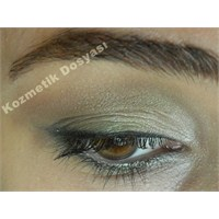 Kahve - Yeşil Tonlarında Günlük Göz Makyajı