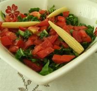 Çok Basit Bir Salata