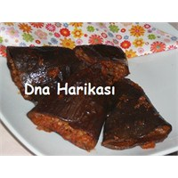 Dna'nın Zeytinyağlı Kuru Patlıcan Dolması