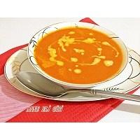 Domates Çorbasi (Sütlü)