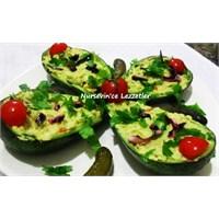 Çanağında Avokado Salatası Tarifim