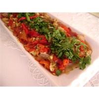 Közlenmiş Biber Ve Patlıcan Salatası