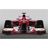 Ferrari Bu Sezondaki Yeni Aracını Tanıttı