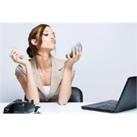 Başarılı İş Kadınının Makyaj Stili