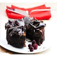 Çikolatalı Unsuz Leziz Kek