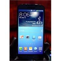 Galaxy S4 Touchwiz Ara Yüzünden Neden Vazgeçti?