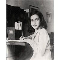 Anne Frank'ın Gizli Bölmesi
