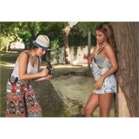 Fotoğrafçı Kızlar