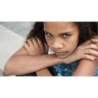 Agresif Ergen Gençlerle Anlaşma Yolları