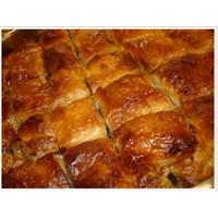 Hazır Yufkadan Baklamava Böreği Tarifi