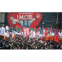 'kanlı' Değil, 'karnaval' 1 Mayıs!