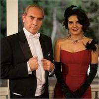 Göksel Atatürk'ün Huzurunda Şarkı Söyledi
