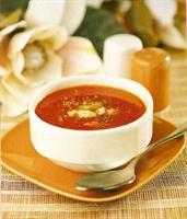 Yıldız Şehriyeli Domates Çorbası