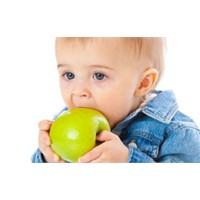 Küçük Çocuğunuza Yeni Gıdaları Vermeden Önce