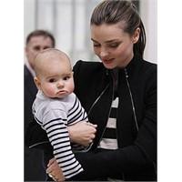 Bebek Flynn Ve Breton Çizgiler