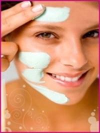 Kuru Ciltlere Gençleştirici Cilt Maskesi