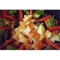 Patlıcanlı Tarifler.. Patlıcan Sarması