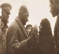 Atatürk ün Yaşlılara Olan Saygısı